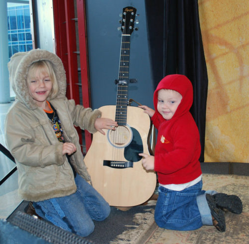 Homeschoolers homeschooling family adventure things to do with kids bridgestone arena musical instruments visitor center nashville tennessee tn smiles per gallon spgfan